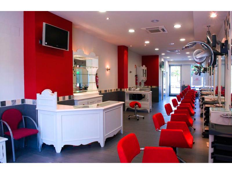 On peluqueros tekken decoracion - Decoracion para peluqueria ...